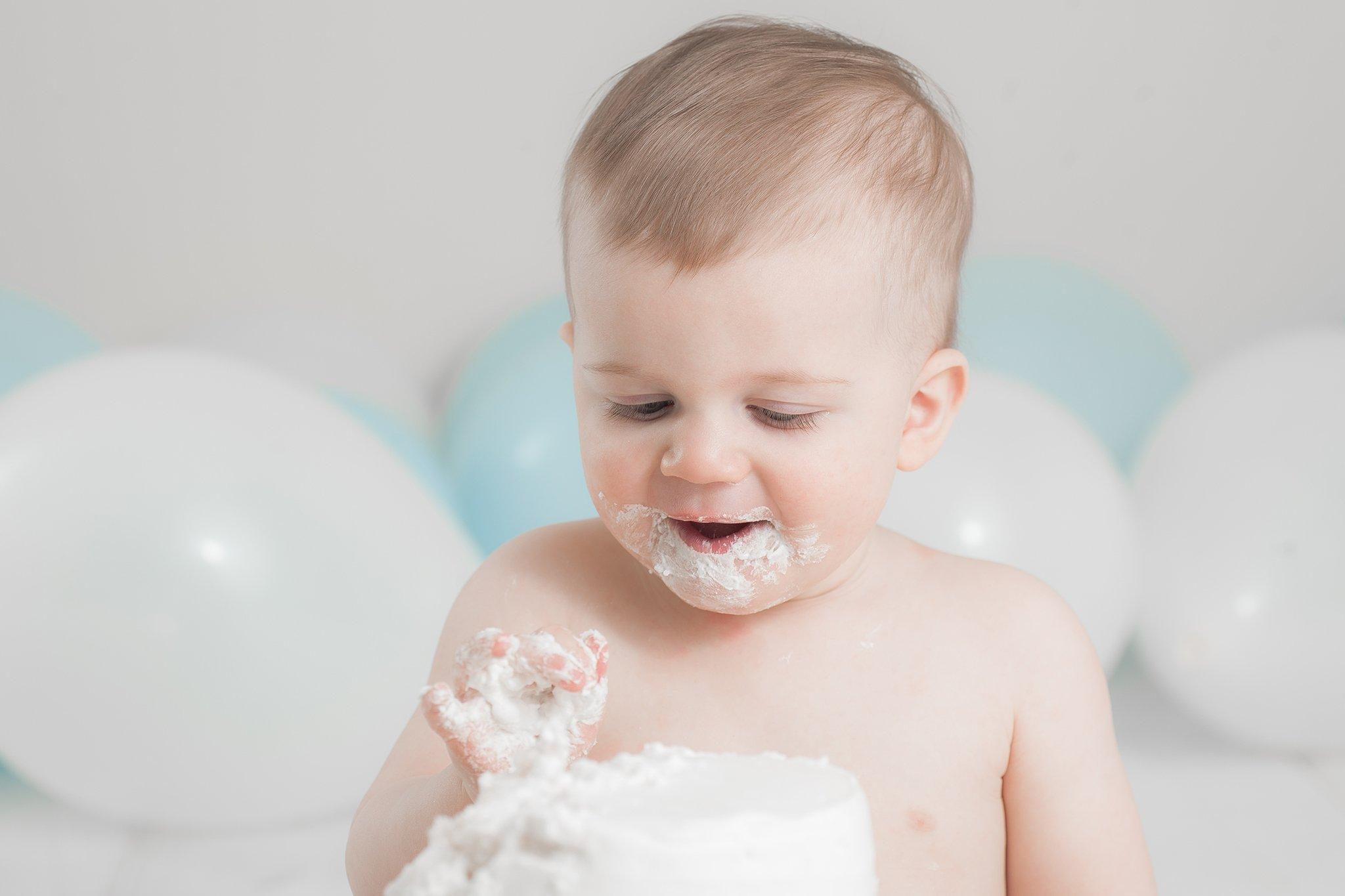 Cake Smash   ONE year   Hudson, OH Photography